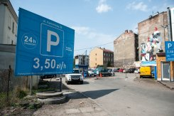 Parking Karmelicka