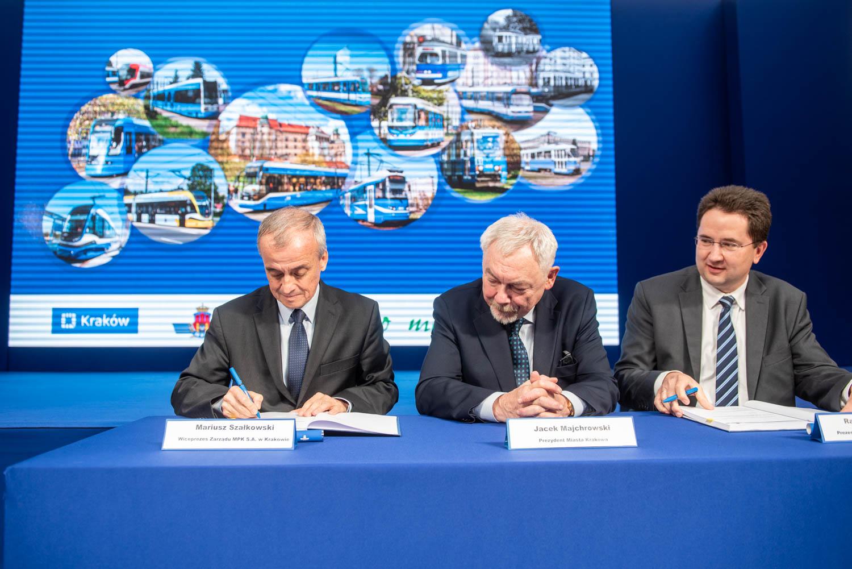 Podpisanie umowy na dostawę 35 tramwajów (2018 r.)