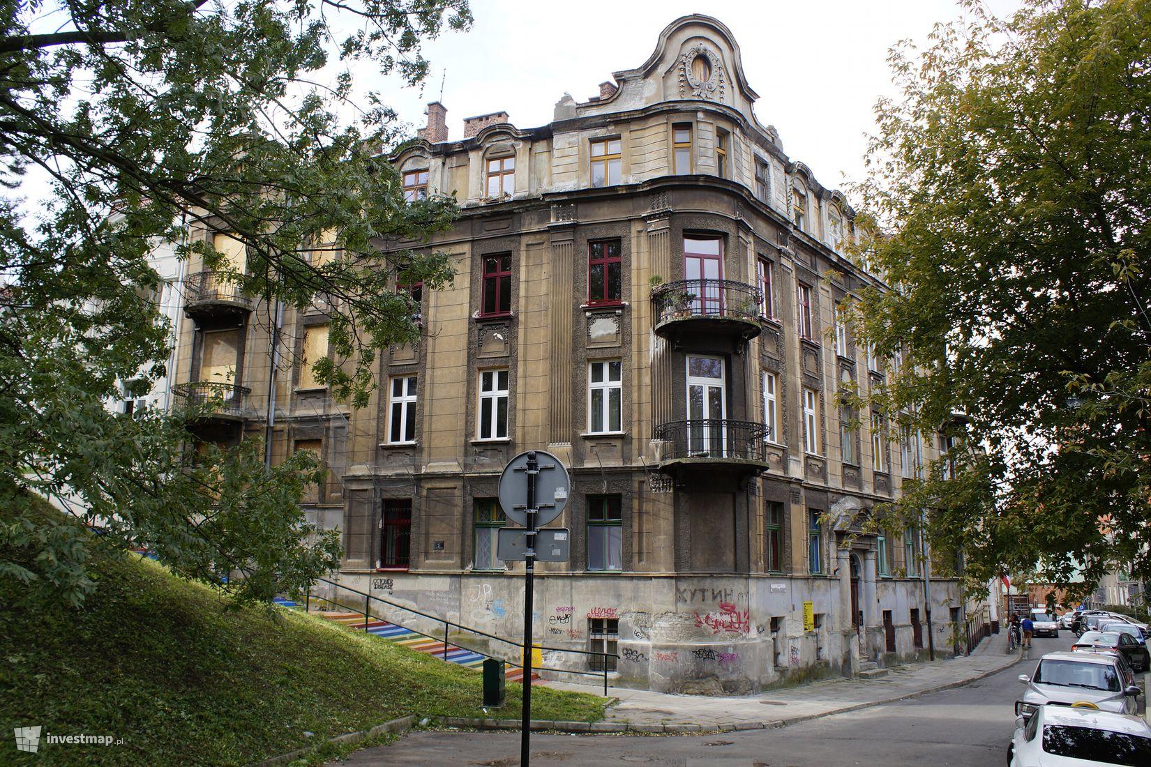 Kamienica przy ul. Potebni 9 w 2018 roku/fot. Damian Daraż, Investmap